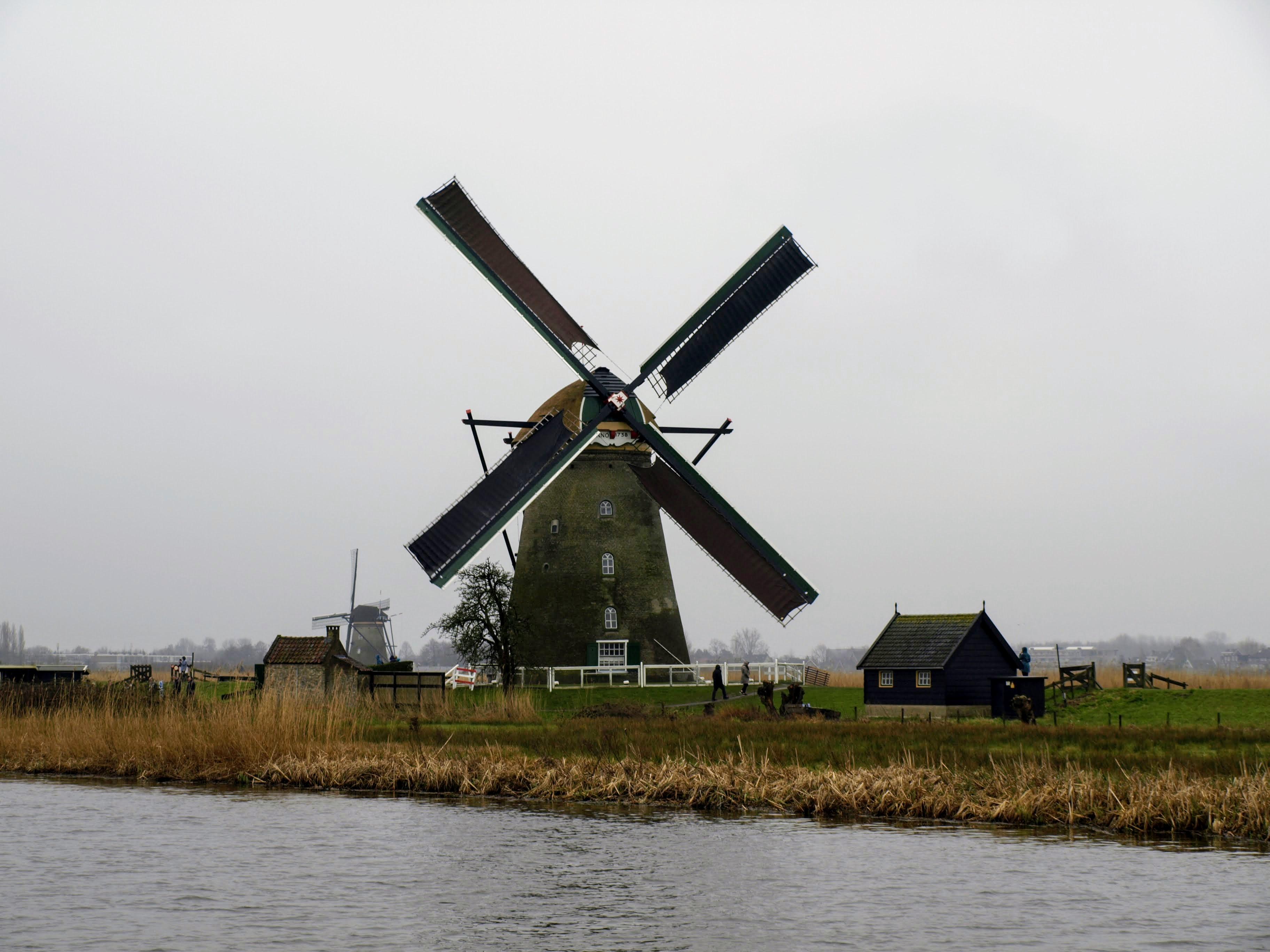 Větrný mlýn v Kinderdijku