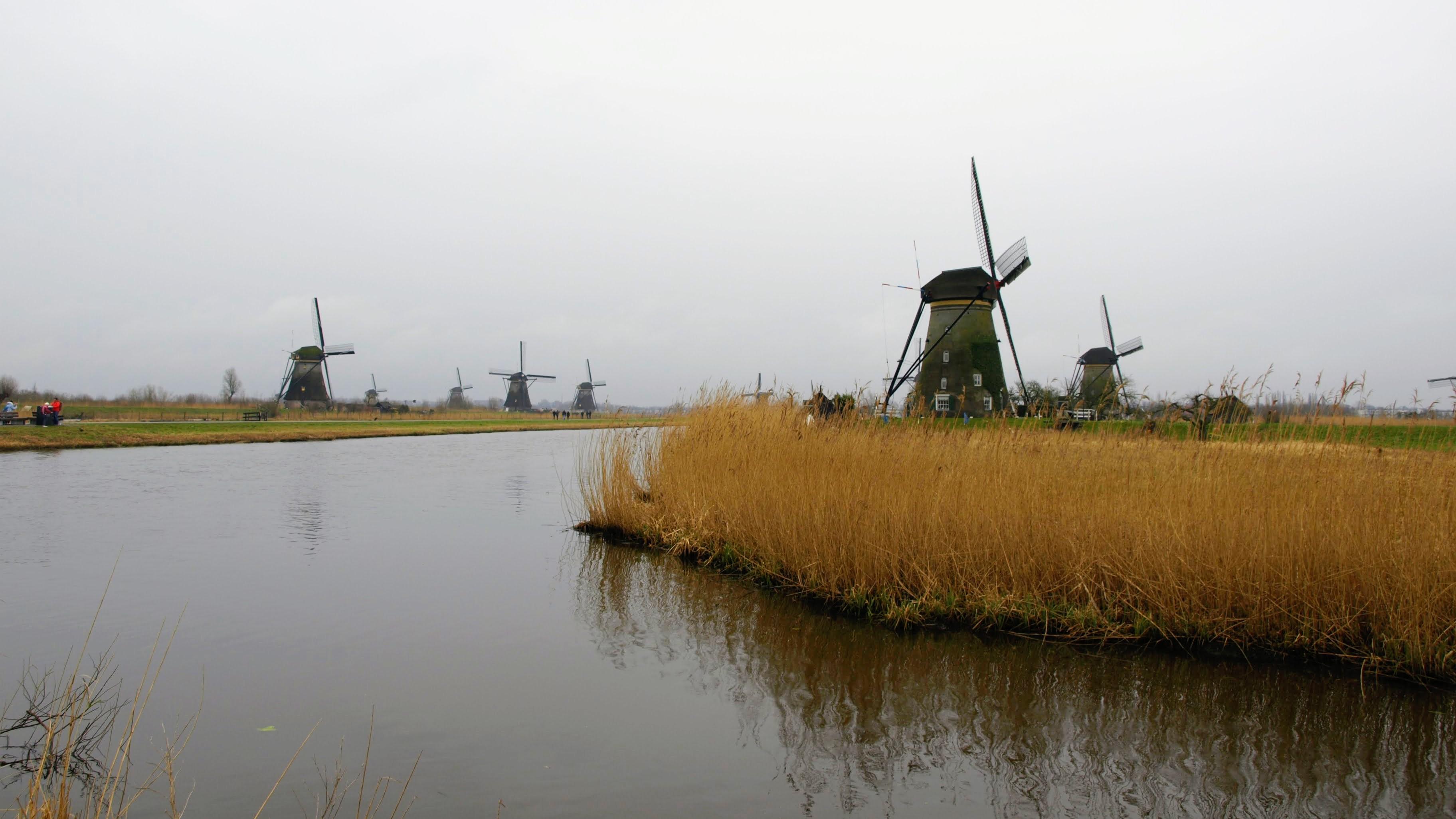Větrné mlýny v Kinderdijku