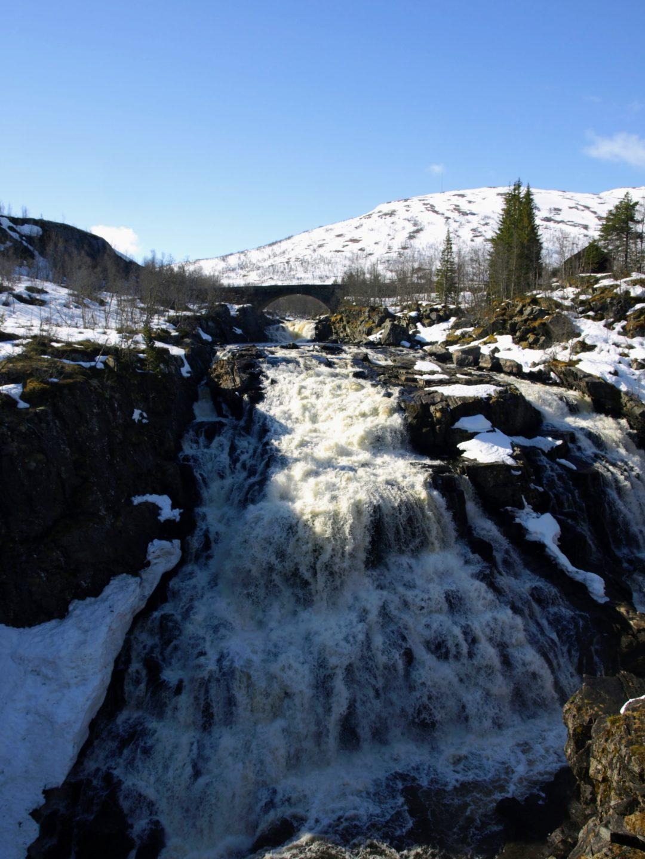 Horní stupeň vodopádu Vøringsfossen