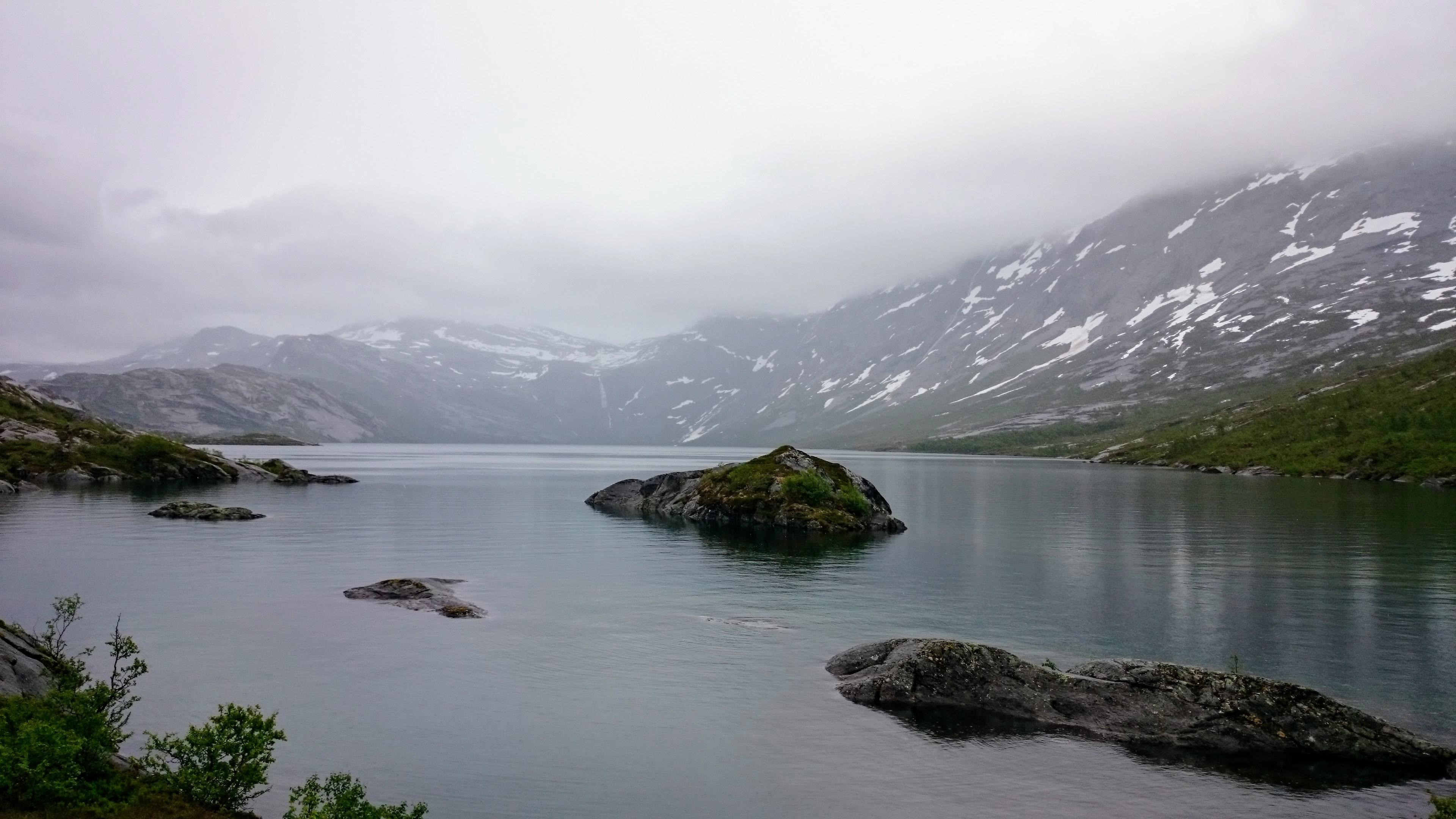Jezero Litlverivatnet