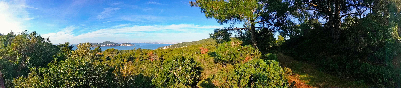 Panoramatická fotografie ostrova Büyükada