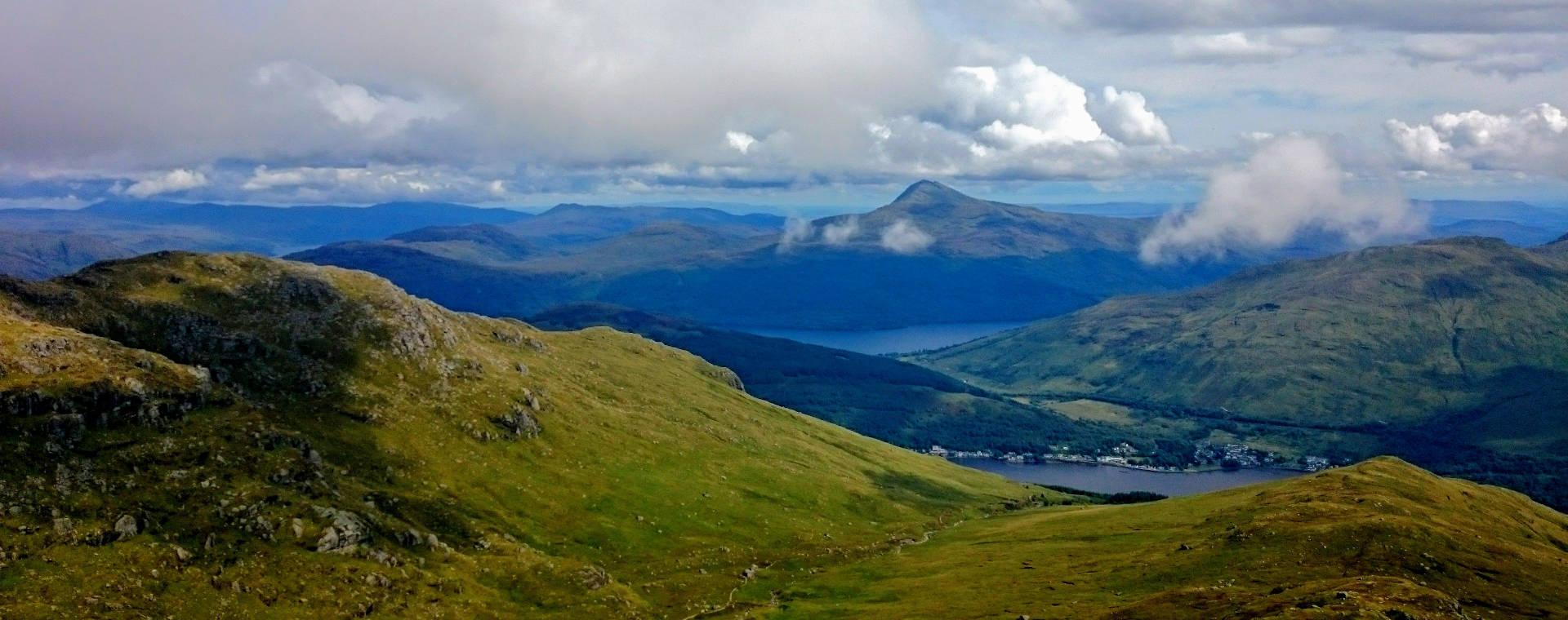 Pohled na vrchol Ben Lomond