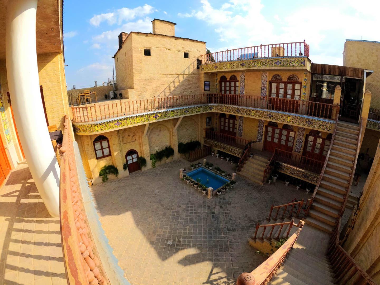 Forough hotel v Šírazu