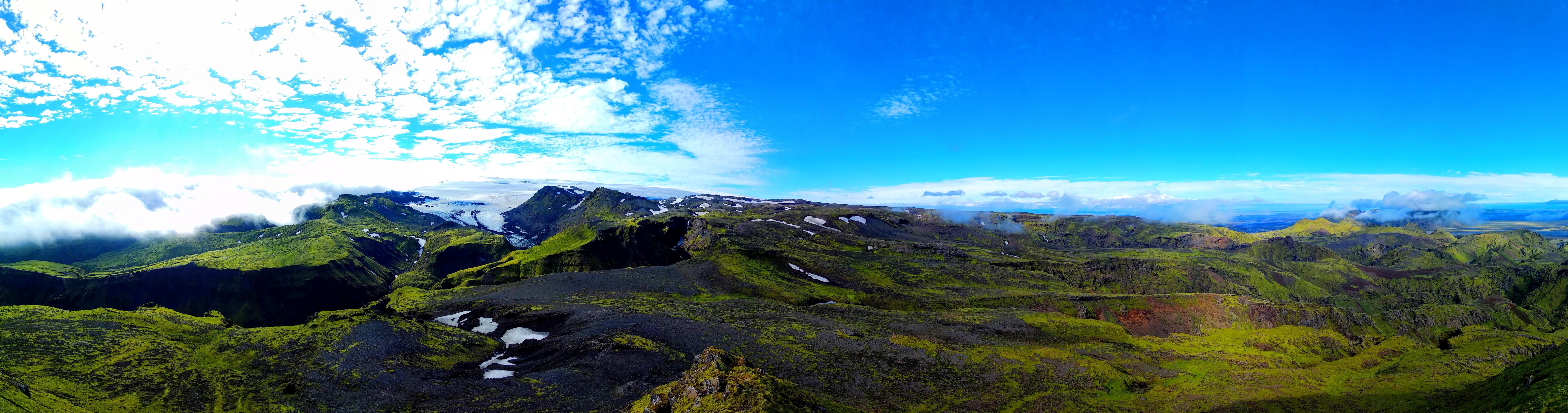Panorama z vrcholu Maelifell