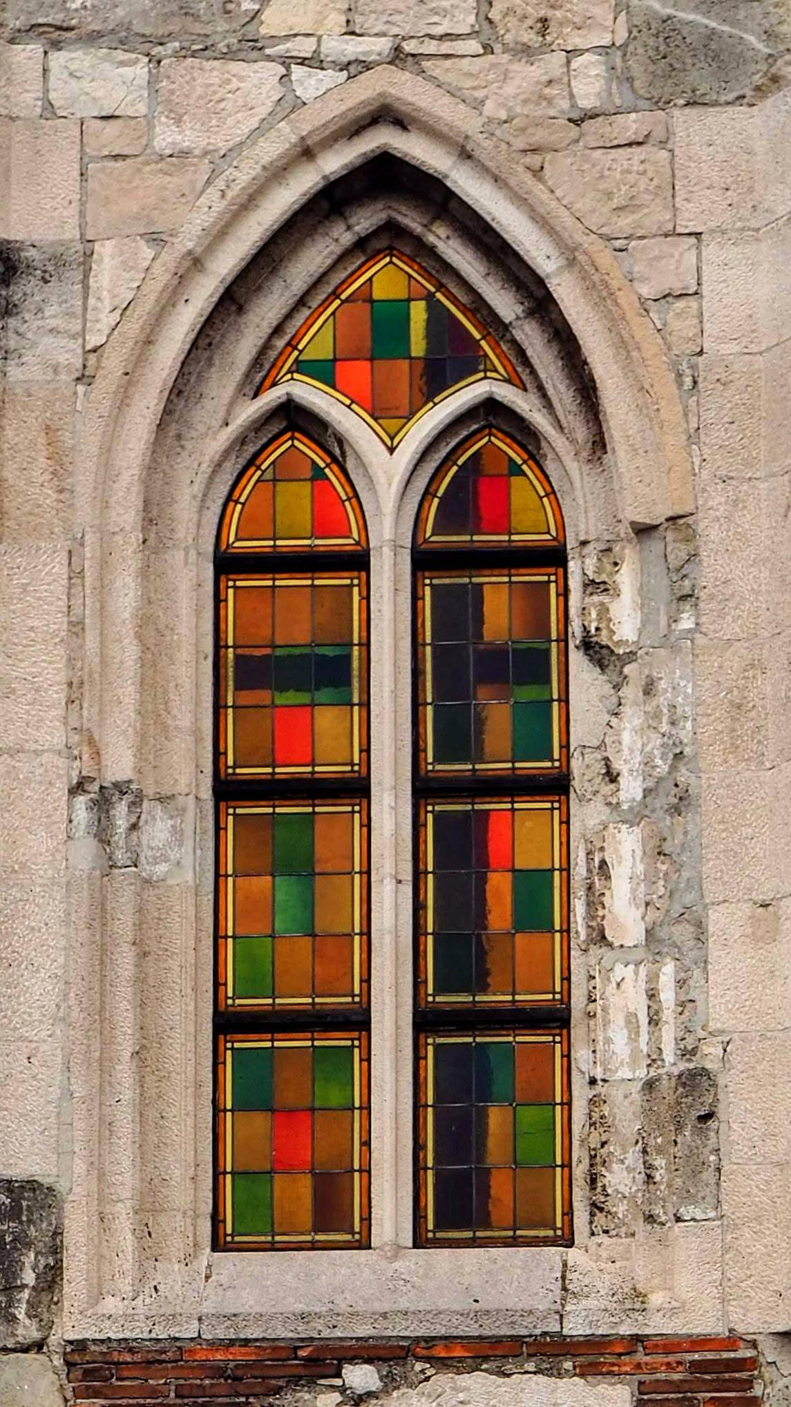 Barevné okno, Budínský hrad
