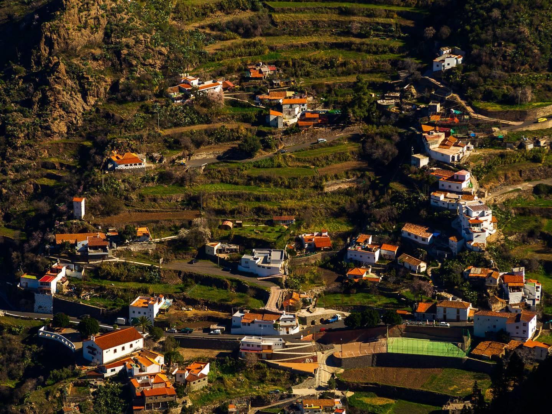 Domy na terasách nedaleko Tejedy