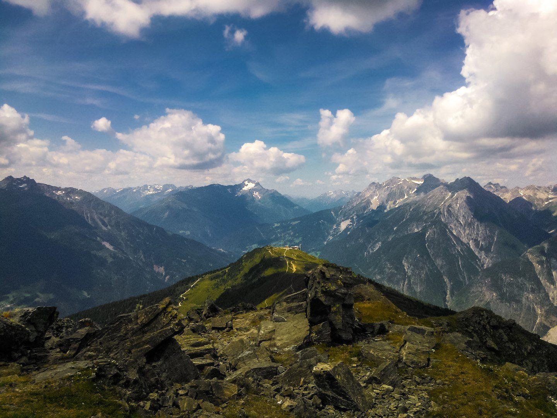Vlakem do Alp – Vodopád, hory a hlad (1)