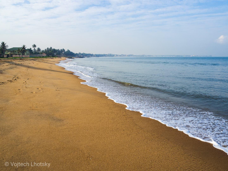 Pláž v Negombu