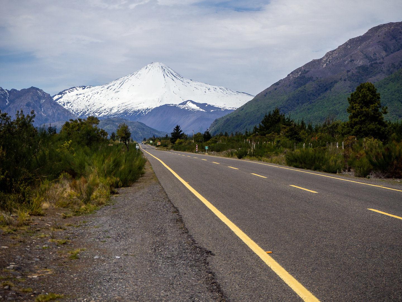 Silnice do národního parku Laguna del Laja