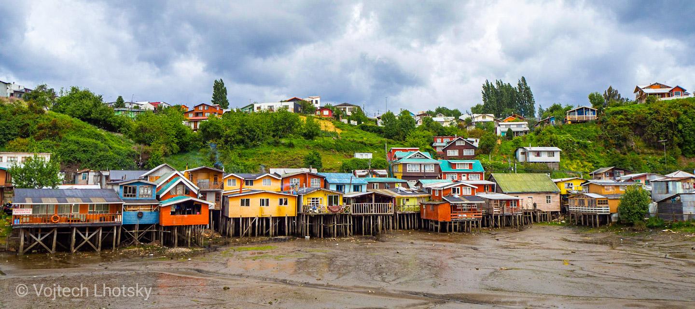 Domky na dřevěných kůlech (palafitos), Castro