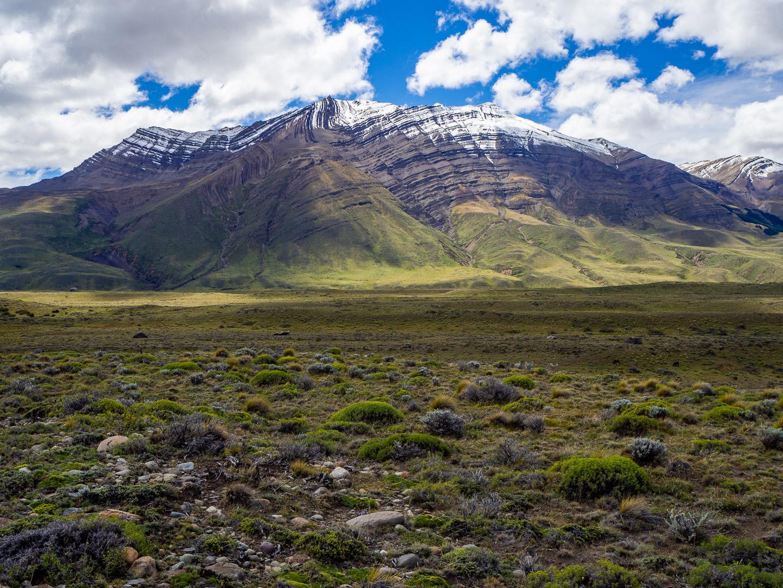 Zvrásněné hory nedaleko El Chalténu