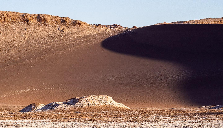Písečné duny v měsíčním údolí